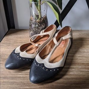 2 for $40 🌸Mary Jane Leather Flats